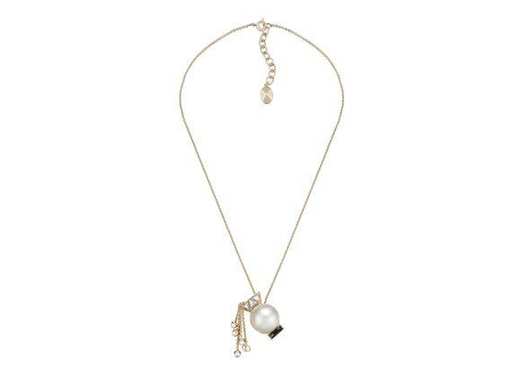 zodiac sign pearl necklace