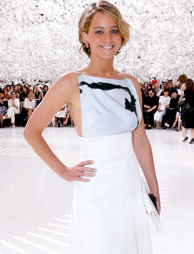 Jennifer Lawrence Dior tribal earrings